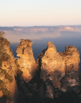 Echo Point and the Three Sisters